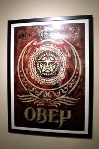 2013-03-06 (90) ankara, pochoir sur collage de papier, 2005, Shepard Fairey, Collection particulière