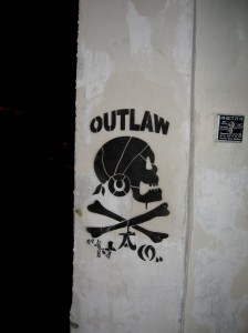 i love paris - outlaw - Bastille
