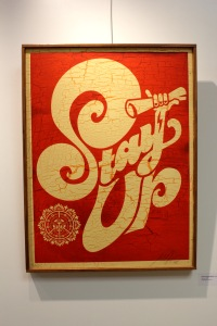 Art urbain - Shepard Fairey (Obey), (USA), Stay up, 2005, Sérigraphie sur bois