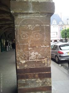 JC de Castelbajac, Paris 4, place des Vosges, 2013-05-18 MR