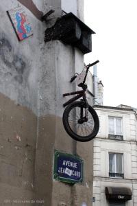 Vélo, Paris 11, avenue Jean Aicard, 2013-06-11 (2)